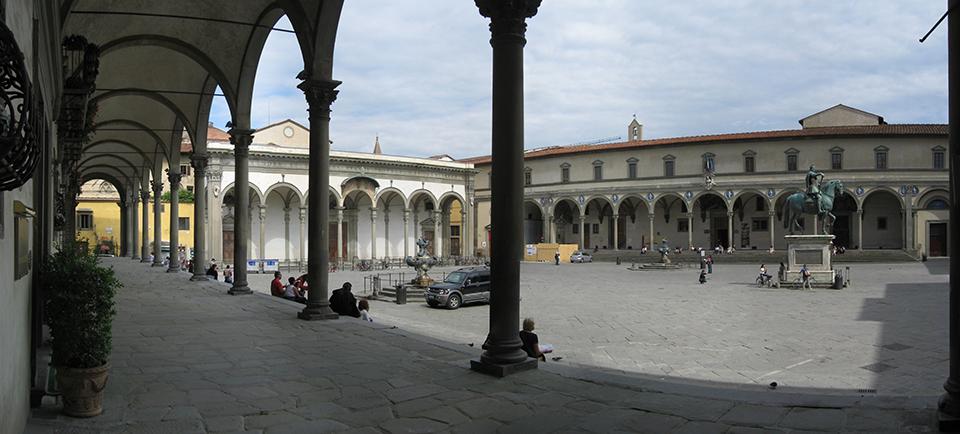 Veduta della Piazza Santissima Annunziata. Firenze.