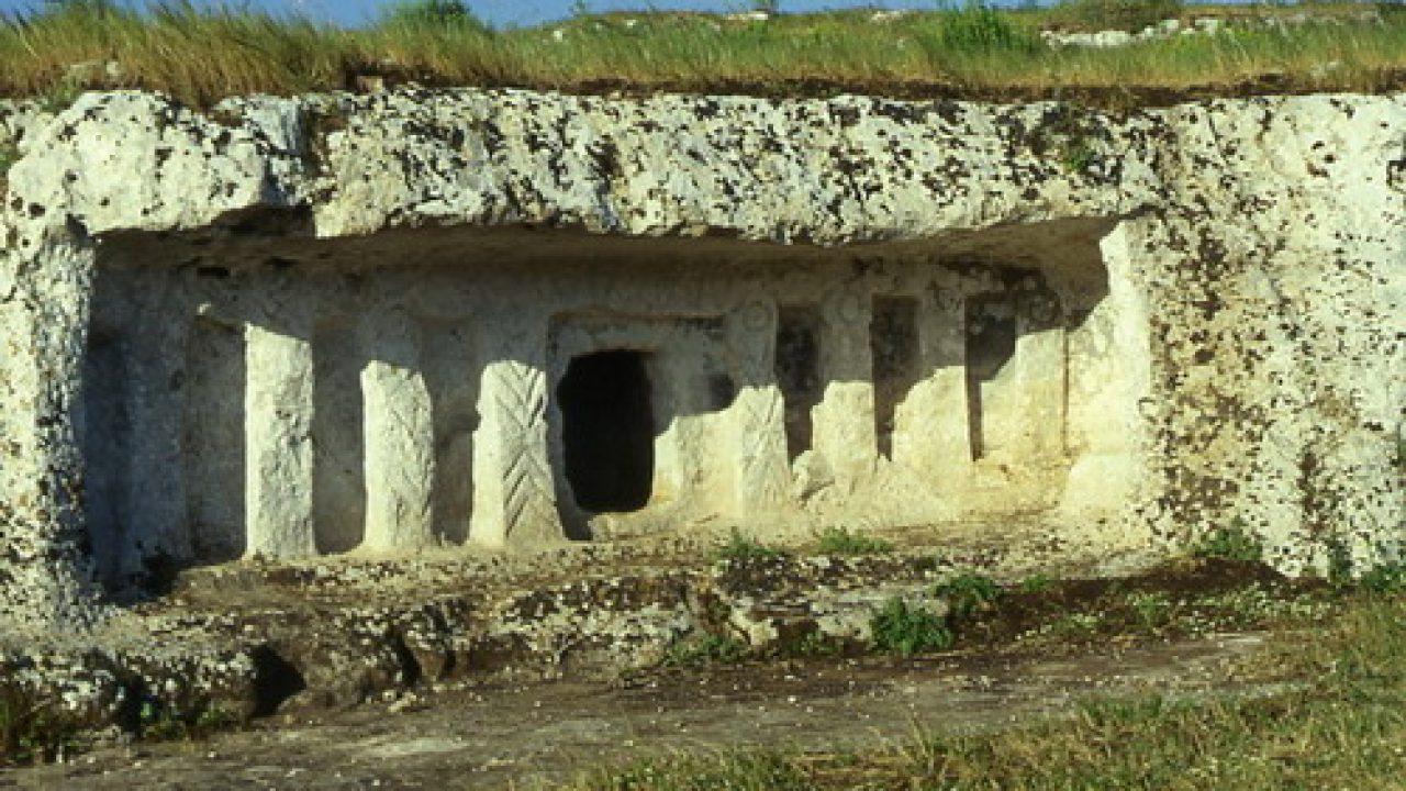 Tomba preistorica presso Cefalù